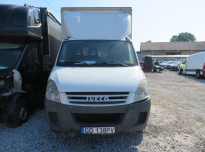 IVECO DAILY Container