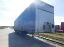 Schmitz SCS  Curtain trailer