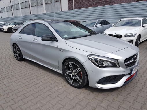 MERCEDES BENZ CLA SEDAN