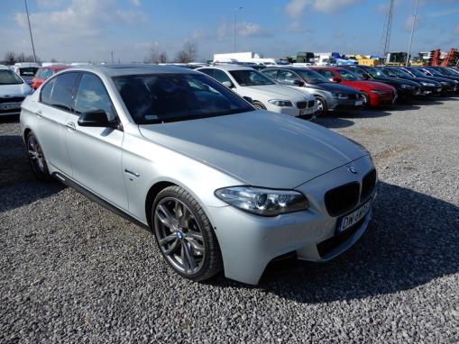 BMW M 550D sedan